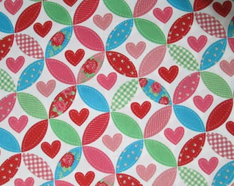 Quilted Caring Hearts Surgical Scrub Top / X Small - XX Large