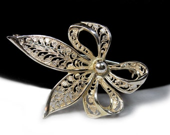 Silver Bow Brooch, Marked 935