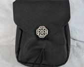 Customizable Medium Economy Tri Flap Leather Pouch, Medieval Belt Pouch, Soft Bag, SCA, LARP