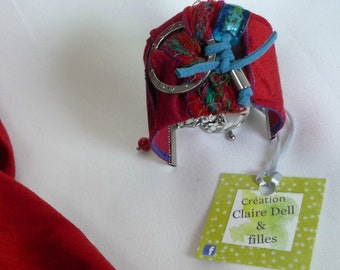 Textile cuff with toggle clasp bracelet