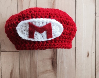 Super mario inspired gamer hat. Newborn prop hat. Newsboy hat. Red. Canada shop. Crochet