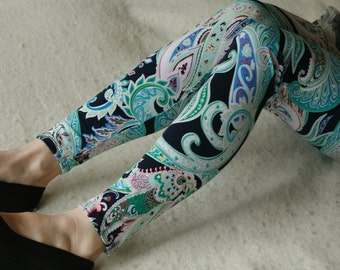 CLEARANCE SALE Colorful paisley leggings
