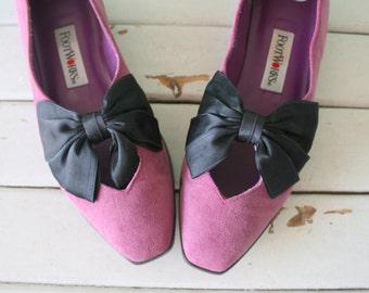 1960s VALENTINE Suede Leather Designer Heels.size 6 women.shoes. heels. pumps. mod. glam. mod heels. designer heels. party heels. pink heels