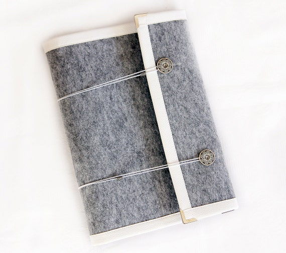A4 Felt 4 Ring Binder Agenda/ Organiser/ Day By