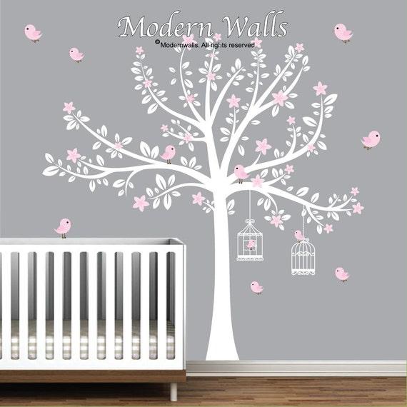 sticker arbre blanc avec fleurs rose oiseau stickers pepiniere With chambre bébé design avec livraison fleurs derniere minute