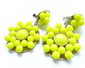Neon earrings, Yellow neon earrings, Neon Yellow earrings, neon dangle earrings, dangle neon earrings, Yellow clip earrings, clip yellow