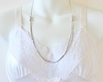 Vintage 1980 Avon RARE Glimmering Slide Silvertone Flat C Link Chain Adjustable Silver Tone Minimalist Necklace in Original Box NIB