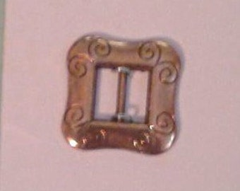 "Gold Belt Buckles 7/8"" Square.. Great for a Santa Belt Buckle on your Santa Crafts... also great for hair bows and many crafty creations"