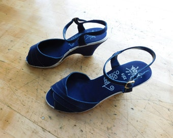 Wedge Heel Sandals Vintage Navy Canvas Ankle Strap Shoes - Size 6 1/2