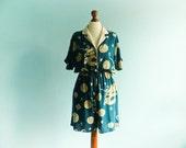 Vintage 80s woman romper dress shorts jumpsuit / summer / sark green beige / dragon print / medium