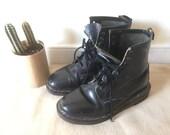 Vintage 90s Grunge Black Doc Martens, Sz US 7 Womens - Docs