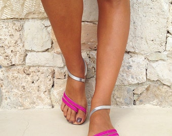 The Delfine sandal - Silver and Fuxia Furry Leather