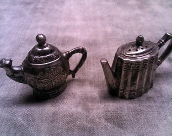 Godinger Teapot Salt and Pepper Set