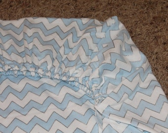 Blue and White Chevron Bamboo Flannel Crib/Toddler Bed Fitted Sheet