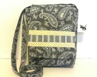 Quilted Cotton Cross Body Bag in Grey Bandana Print Quilted Handbag