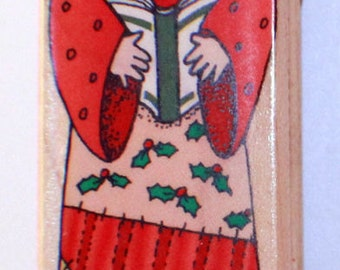 Hero Arts H1084 Country Caroler Wooden Rubber Stamp
