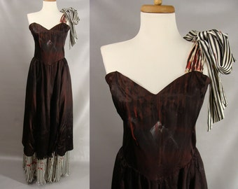 Bloody Pirate Wench Zombie. Dirty Pirate Hooker Costume. Zombie Halloween Costume. Vampire Queen Costume. upcycled gunne sax. Size 12 M L