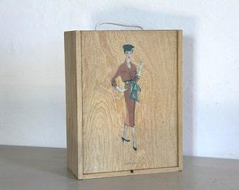 Vintage Wooden Storage box Mad Men Era 50s Woman Wasp Waist