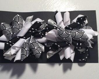 black & white- 2 inch bows