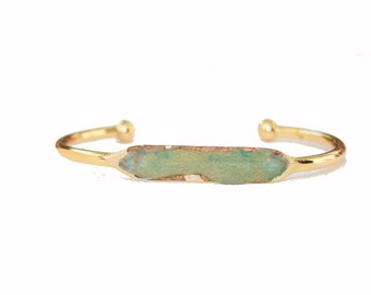 Gold and Chrysoprase Cuff Bracelet