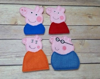 Pig and Family Finger Puppets Set