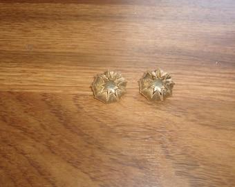 vintage clip on earrings goldtone star