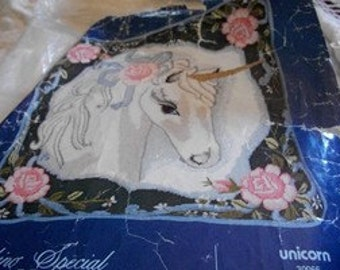 Unicorn Needlepoint Craft Kit: Comes with Fabric, Yarn & Directions