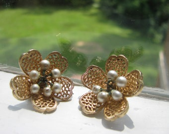 Judy Lee signed pearl and lattice flower clip earrings