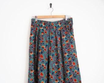 90s Floral Skirt. Green Floral Print Skirt with Pleats. Elastic Waist Indian Floral Midi Skirt. Rayon Skirt. 90s Skirt