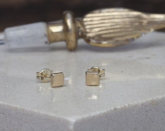 Nova Gold Cushion Earrings