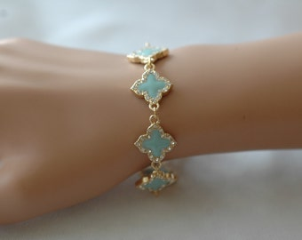 Clover Bracelet, Gold Four Leaf Turquoise Clover Bracelet, Gold and Turquoise bracelet, Gift for her, Toggle clasp