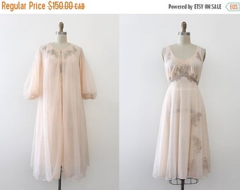 SUMMER SALE NOS vintage 1950s peignoir set // 50s pink two piece lingerie set