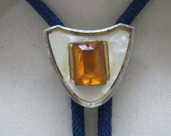 Cool Vintage  White Celluloid Citrine Glass Gem Bolo Tie