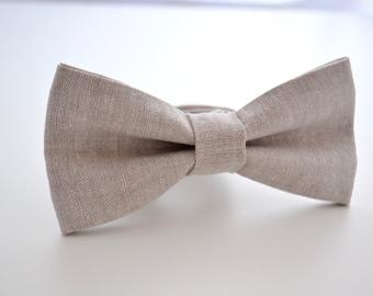 Mens Bowtie Linen With a Hint of Sparkle, Gray Bow Tie, Groomsmen Bow Tie, Wedding Bow Tie, Pre-Tied Bow Tie, Adjustable Bow Tie