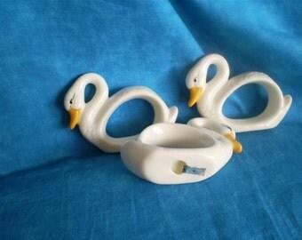 SALE  Vintage, set of 8, White Swan Napkin Rings. Was 19.00