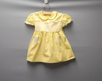 Vintage Baby Clothes, 1950's Yellow and White Lace Baby Girl Dress, Vintage Baby Dress, Yellow Baby Dress, Cotton Baby Dress, Size 12 Months