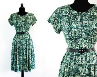 Vintage 1960s dress . Herb Garden . green 60s day dress by Shelton Stroller . Lg / Xl