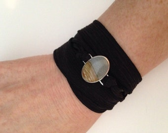 Silk wrist wrap with picture jasper in sterling