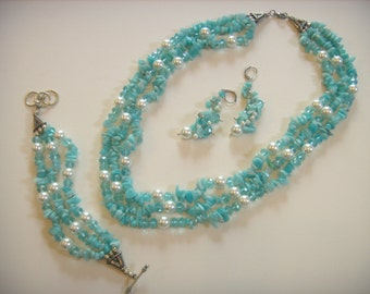 Vintage jewelry set, Amazonite jewelry, glass pearls, faceted glass beads, turquoise color,  80's jewelry set,  80's Amazonite set.