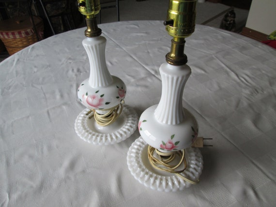 Milk Glass Bath Light: White Milk Glass Lamp Set Shabby Pink Roses Lamps Bedroom