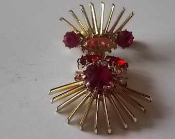 Vintage Red Glass Drp Brooch STUNNING