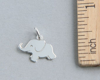 925 Sterling Silver Charm, Elephant Charm, Tiny sterling silver elephant charm, Baby Elephant Charm, Animal Charm, 15 x 12mm ( 1 piece )