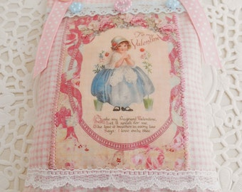 SALE  Shabby & Chic Style Valentine's Lavender sachet/Home Decor
