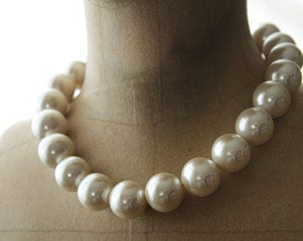 Signed 1980's Napier Large Glass Pearl Ivory Choker