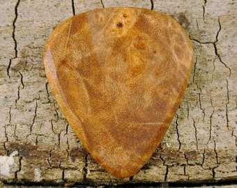 Maple Burl - Wooden Guitar Pick - Wood Guitar Pick - Wood Plectrum - Wood Gift - Engraved Guitar Pick Option Available