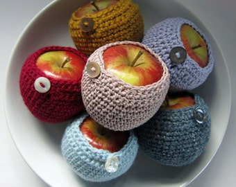 Crochet Pattern for an Apple Cosy