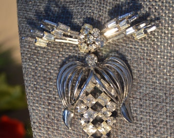 Vintage Sterling Silver Phyllis Brooch