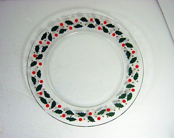 Vintage CHRISTMAS DESSERT PLATES Set/6 French Holly Berries Arcoroc France