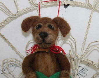 Needle felted lab puppy, chocolate lab ornament, wool heart, felt dog ornament, labrador Pet Pocket from Curly Furr, ready to mail