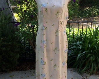 Champagne Embroidered 1960s Shift Linen Dress